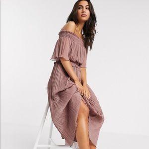 🌸NWT🌸 ASOS off the shoulder midi dress
